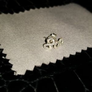 Pandora stud earring